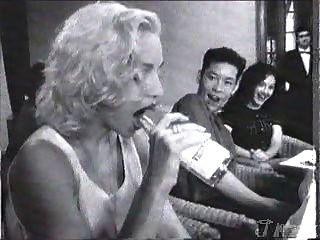 मैडोना बोतल deepthroat