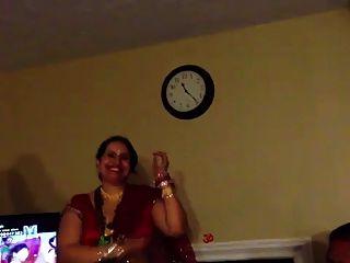सेक्सी नेपाली चाची नृत्य