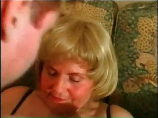 मेरी सेक्सी piercings BBW परिपक्व दादी छेदा बिल्ली छल्ले के साथ