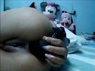 थाई लड़की toying और उसके गधे और बिल्ली छूत