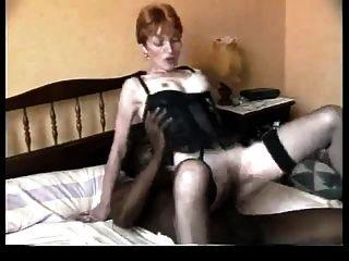 एक बीबीसी के साथ गुदा मैथुन