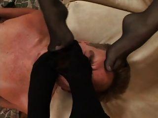 प्रमुख लड़की चूसने वाला खेल