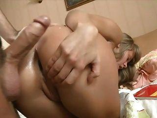 रशियन हार्ड बकवास से लड़की