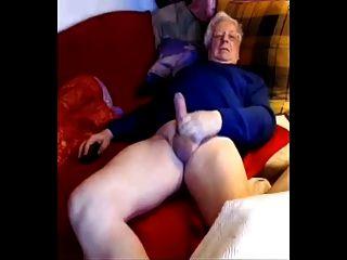 चांदी के वरिष्ठ यूरो पिता कैम पर अपने बड़े मुर्गा wanks