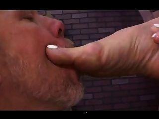 मालकिन लेन अपने गधे के साथ अपने दास खेलता है