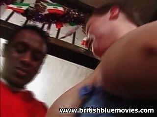 ब्रिटिश शौकिया BBW milf एक बड़ा काला मुर्गा ले लो