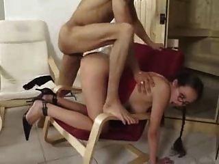 सेक्सी गर्भवती बेब सभी छेद में इसे प्यार करता है