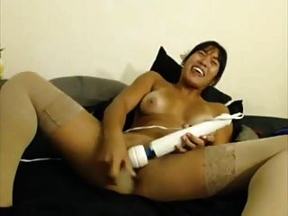 मोटी एशियाई एक dildo हिटाची कॉम्बो करता है