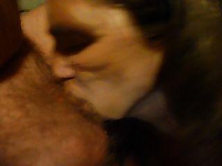 मेरे मुंह में सह के साथ मेरे पति मुर्गा बंद चूसने