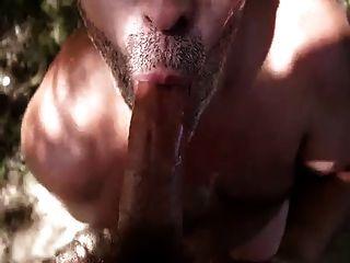 जीभ पर सह के साथ सार्वजनिक blowjob