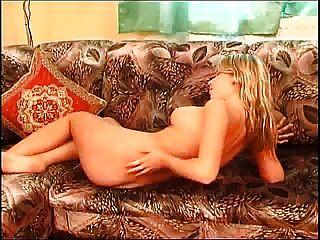 इस लड़की fm14 पर अच्छी फर्म स्तन