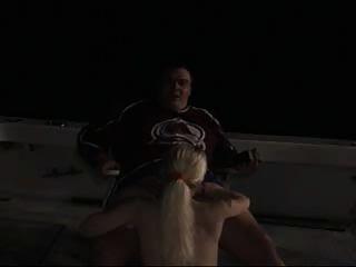एक नाव पर सेक्स
