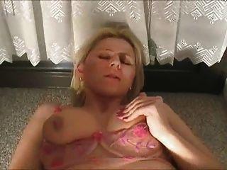 छेदा आकर्षक उसे गधे में सह हो जाता है