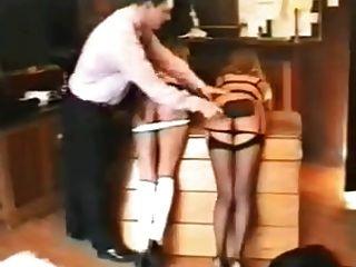 कई लड़कियां दंडित