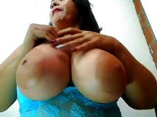 बड़ा स्तन milf 4