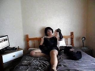 मुकदमा उसे pantyhose और नायलॉन प्यार करता है