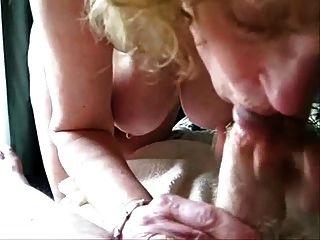 परिपक्व पत्नी मेरे मुर्गा चूसने