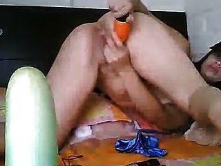 वेबकैम पर स्पेनिश बेब 2 dildos
