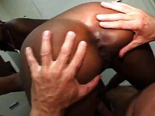 cumswapping ebonys v