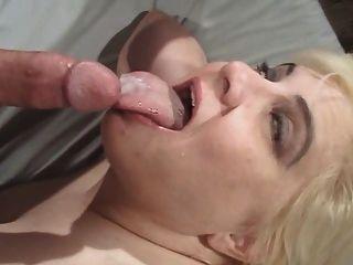 बीबीवी कंडी एक मोटी चेहरे लेती है