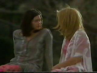 लाइव टायलर और केट हडसन चुंबन l7