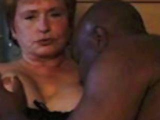 सत्यायसिस द्वारा वेश्याओं का मिश्रित बैग