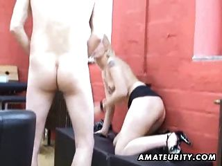 शौकिया किशोरों की प्रेमिका चूसना और मुंह में सह के साथ बकवास