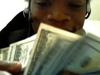 प्यार 2 पैसे बनाने!