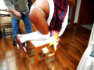 सीसी स्कूल लड़की बेटी एक पेटी पहने 1 के लिए spanked