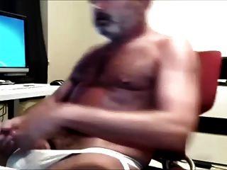 गर्म सींग का आदमी दिखाने के लिए पसंद है