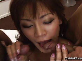 सेक्सी एशियाई लड़की मुर्गा द्वारा अंकित!