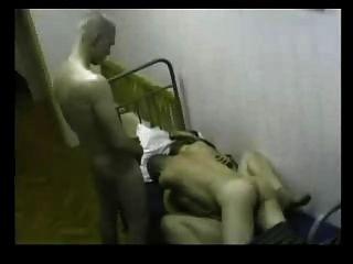 रूसी सैनिक सेक्स