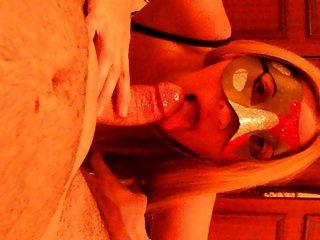 मुखमैथुन गोरा milf शौकिया पत्नी जूते में blowjob मुंह में सह