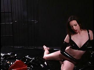 लेटेक्स बुत के साथ छोटे स्तन आकर्षक