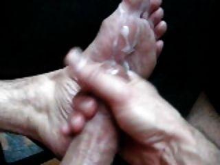 मेरे गर्म पैर और सह