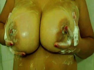 बड़े स्तन बौछार के साथ शौकिया हून BBW
