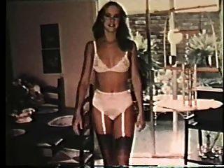 इस तरह महिलाओं को अपनी कल्पना में घर का कपड़ा