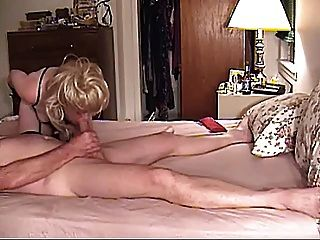 एक और लड़का मुर्गा चूसने पति द्वारा फिल्माया महिला