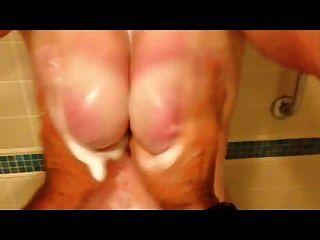शौकिया बीबीडब्ल्यू फिल्में लड़का शॉवर में उसके स्तन थप्पड़ मारना