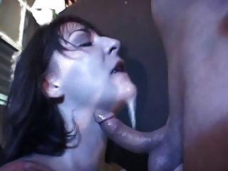 प्राकृतिक जन्मे वेश्या