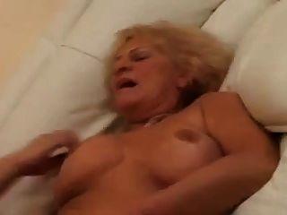 परिपक्व इतालवी milf fucked