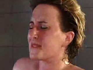 स्नान में मीठी गर्म बीबीडब्ल्यू एमेच्योर 724 एडल्ट कॉम