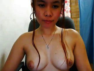 प्यारा filipina सांचा लड़की उसके अच्छे स्तन से पता चलता है !!