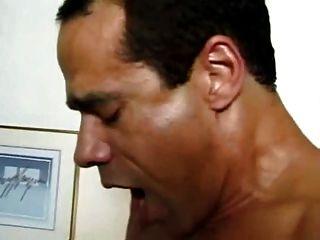 गधा और मुंह में milf fucked