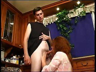 हस्तमैथुन माँ को नहीं उसके बेटे और बकवास 2 मिल सकता है