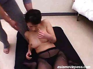 बड़े स्तन भाग 2 के साथ मस्सूइस्ट महिलाओं के wsp 058b