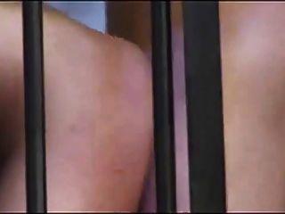 जेल में गर्म कुत्ते शैली सेक्स !!!