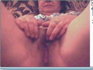 मेरी प्रेमिका वेबकैम पर हस्तमैथुन 3