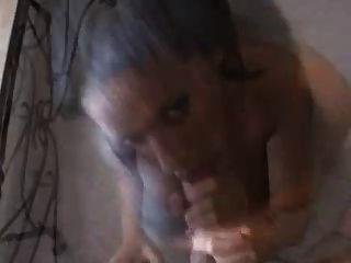 गर्म आबनूस लड़की मौखिक सेक्स