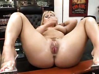 सेक्सी गोरा बीबीसी लेता है